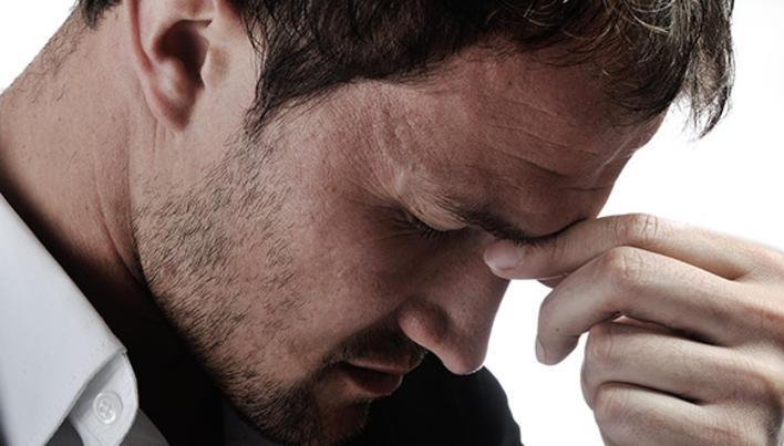 vedere neclară și durere în cap